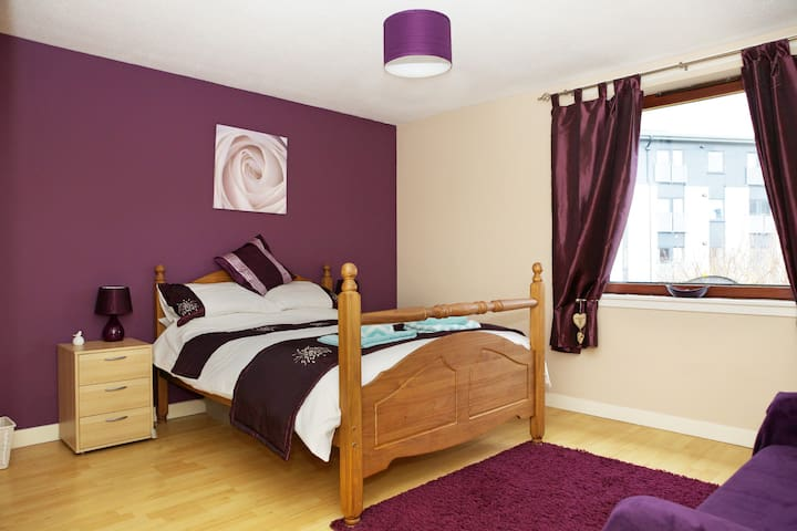 Central 2 bedroom Apartment - Edinburgh - Flat