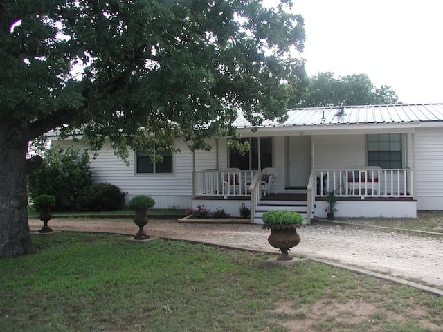 PRIVATE Home Away from Home ! - Cedar Creek - Σπίτι