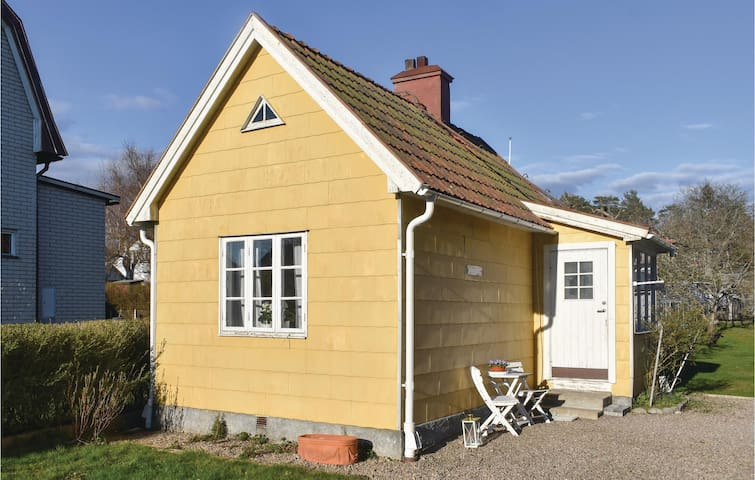 Holiday cottage with 1 bedroom on 42m² in Ronneby