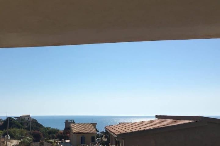 Mare e natura selvaggia - Palma di Montechiaro