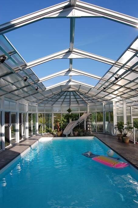 Indoor/Outdoor heated salt water pool & hot tub