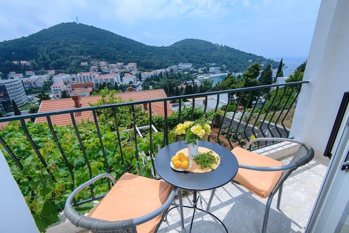 Calma Dubrovnik/sea view/cozy