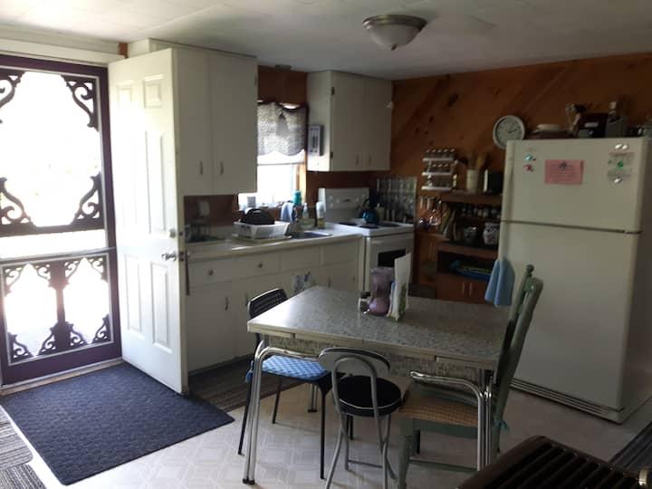 PEI Getaway 2 Bedroom Cottage-Pet Friendly