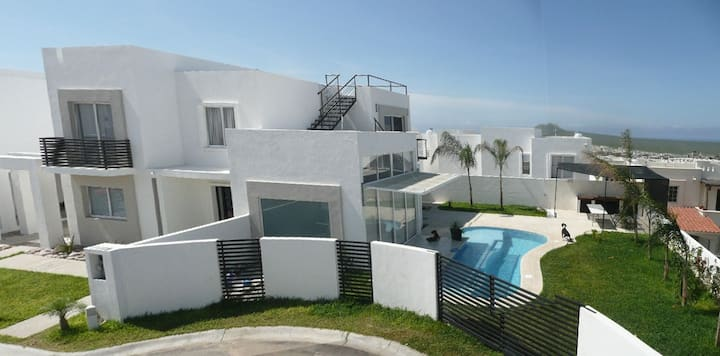 Spectacular house in Cabo with private pool & BBQ!