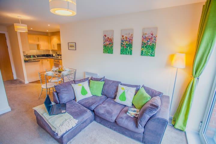 Neat Lets Large Bolton Centre Apartment