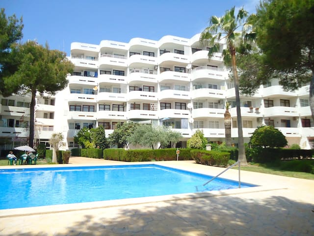 Apartment 250 mts to the beach