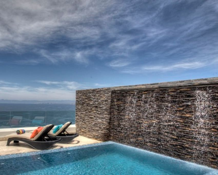Upstairs Ocean view Dipping Pool with Waterfall