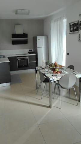 LA DOLCE VITA 1 Relax Apartment Torbole