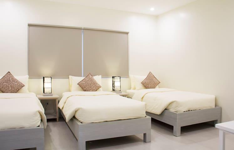 Ouano Beach House (Room 3)  Triple-sharing