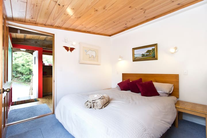 The Treehouse - Coromandel - Apartament