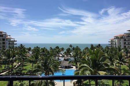 Beachfront view! Beautiful and relaxing condo - Las Jarretaderas - Wohnung