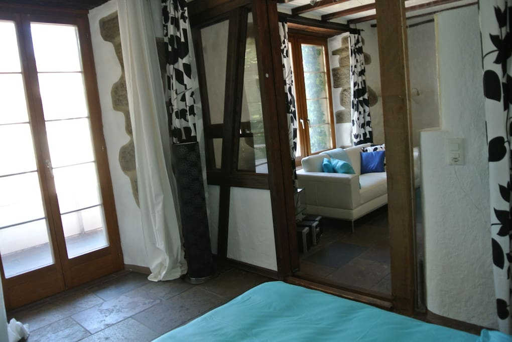access to guest bedroom