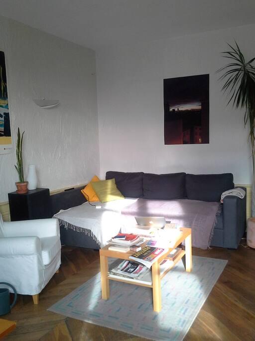 Le coin canapé du salon