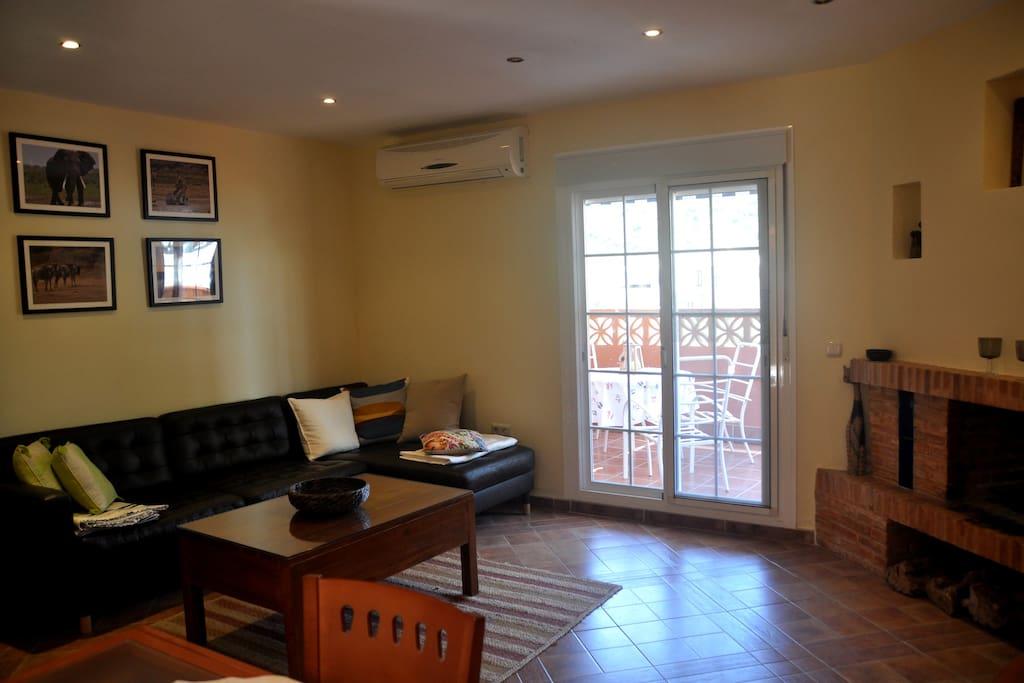 Living room, salon