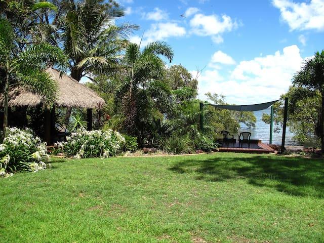 Island Sanctuary - Macleay Island - Casa