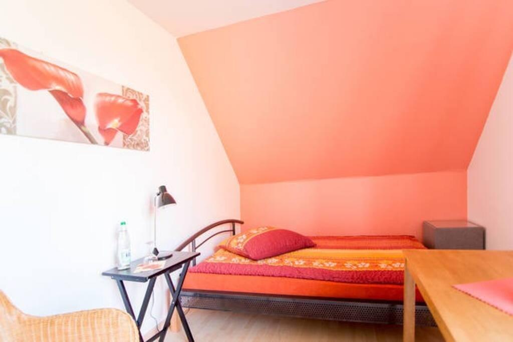 wundersch ne helle gem tliche zimmer h user zur miete in hespe niedersachsen deutschland. Black Bedroom Furniture Sets. Home Design Ideas