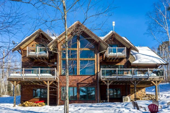 Luxury Lakeside Living w/Sauna;Ski/Golf/Hike/Kayak