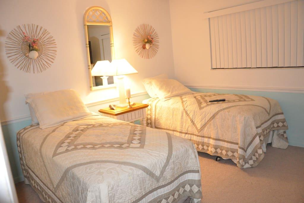 2bedroom/2bath condo on Cocoa Beach
