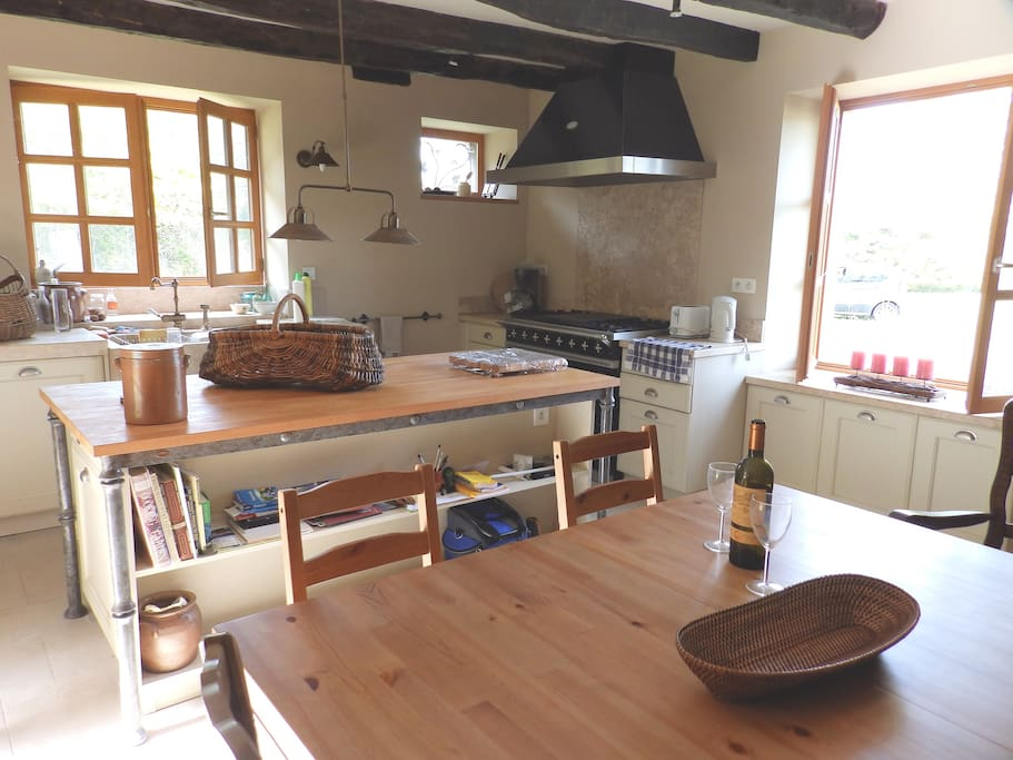 Kitchen / diner.  Fully fitted.