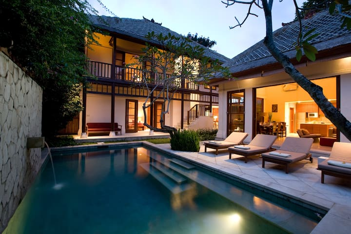 Luxurious 3 Bedroom Villa with Private Pool