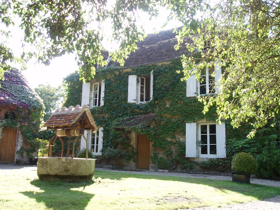 Accommodation Bourges on Airbnb