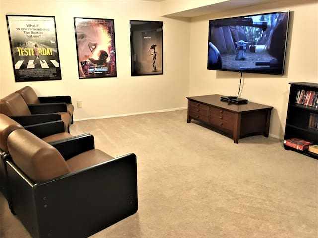 2 bdrm suite, private entrance, media/game room