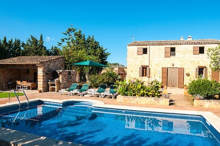 Quiet country house with pool - Sant Llorenç des Cardassar - Rumah