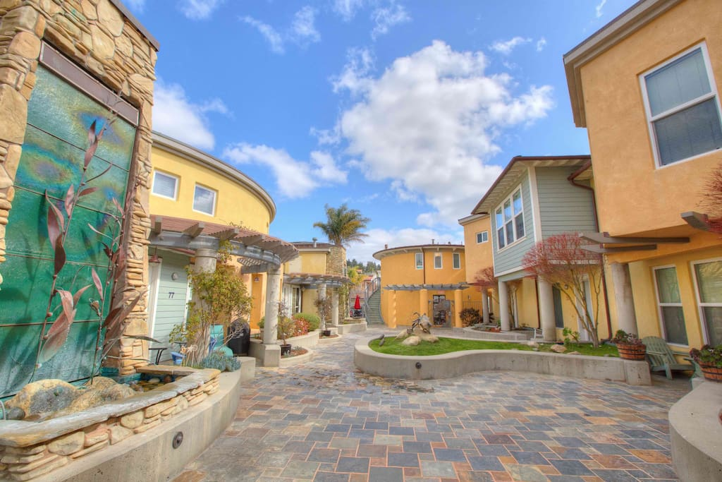 Courtyard at Avila, condos managed by Managed by Seven Sisters Vacation Rentals
