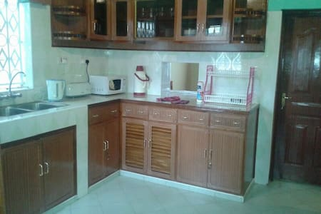 Sebuleni house.. - Nakuru - Ev