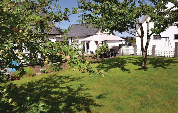 Holiday apartment with 1 bedroom on 80m² in Laholm