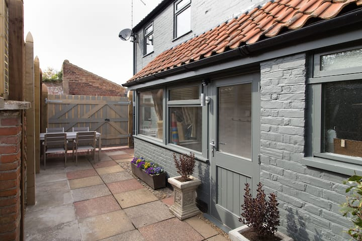 No33 Hillview Lodge, Brancaster Staithe