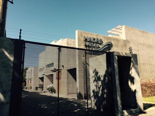 Casa/duplex en condominio cerrado, Madre Natura - Asuncion - Hus