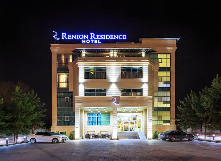 """""""Renion Residence"""" Apartments Twin"""