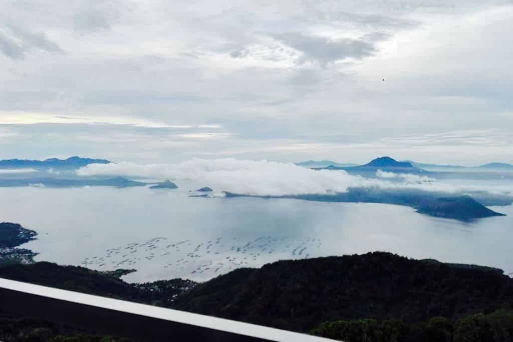 Breathtaking view facing Taal Volcano specially during sunrise☀️