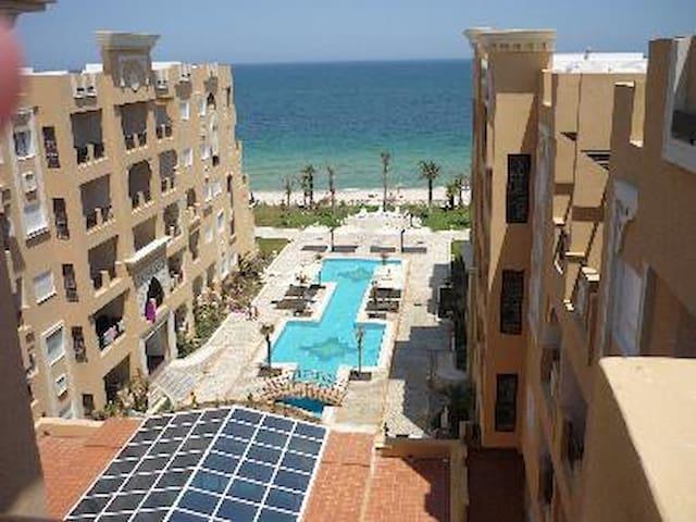 Superbe Appartement neuf propre et bien équipé s+2 - Lejlighed