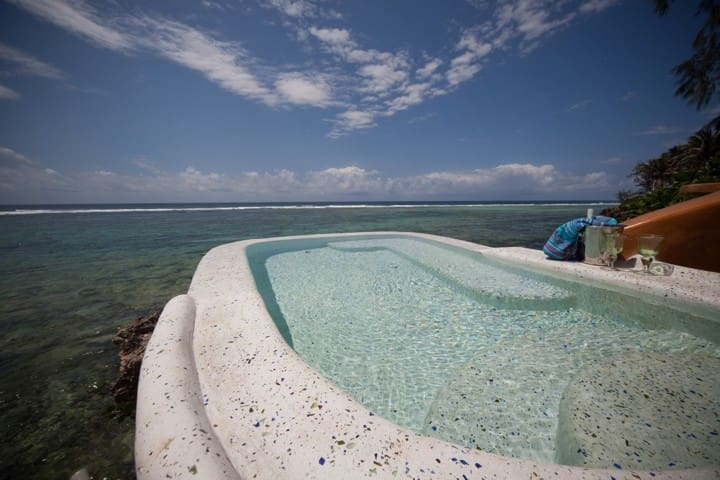 Own use of cliff top pool.