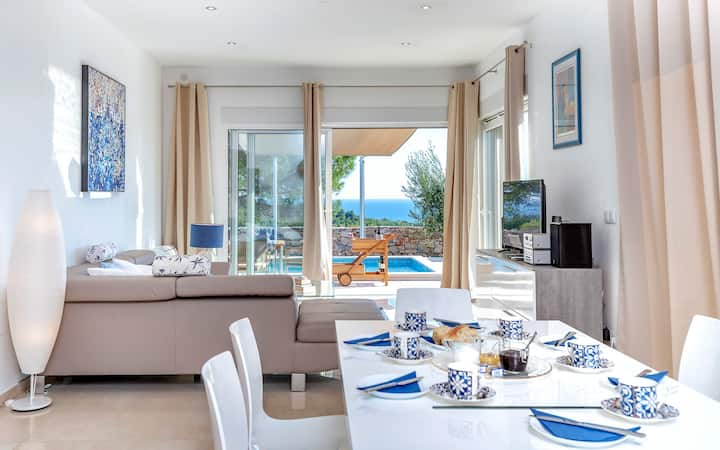 Villa Moderna with Outdoor Pool and Sea View