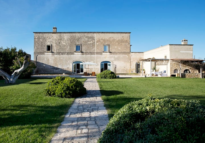 Exclusive masseria w private pool / Salento Puglia