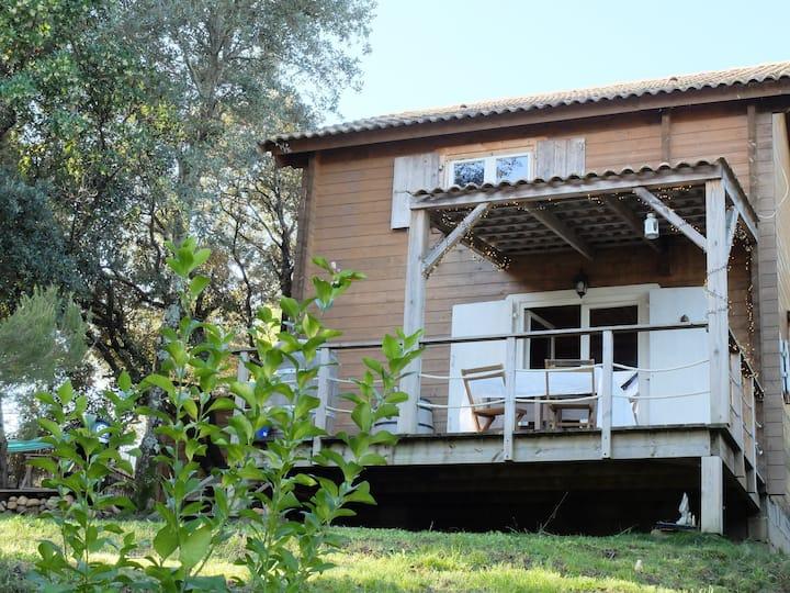 Maison bois en pleine nature à 5mn de Porticcio