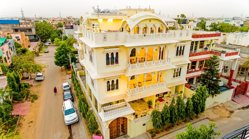 A Heritage Style Boutique stay in Jaipur