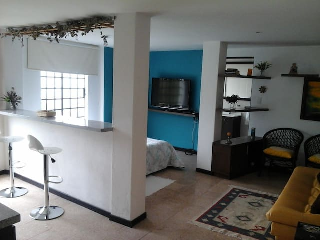 Country house apartment- Apto en zona campestre - Envigado - 公寓