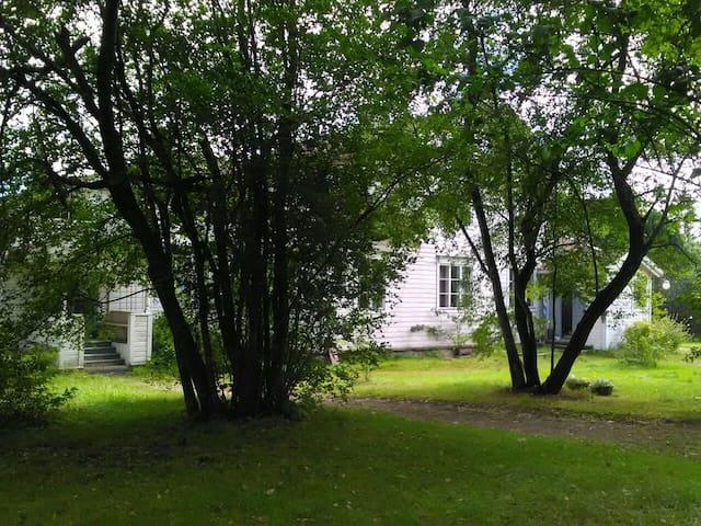 Luomutila huoneisto/ Organic farm, appartment - Loviisa - Flat