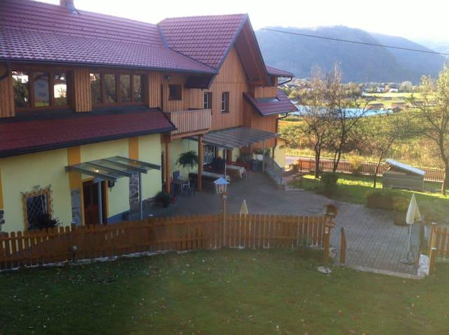 Villach - quiet countrystile - Villach - Landskron - Apartamento