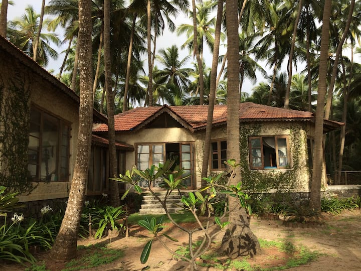Beach-house, stunning location - Villa Rustica
