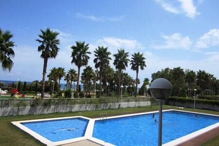 APARTAMENT DIRECTLY ON THE BEACH - Oropesa del Mar - Wohnung