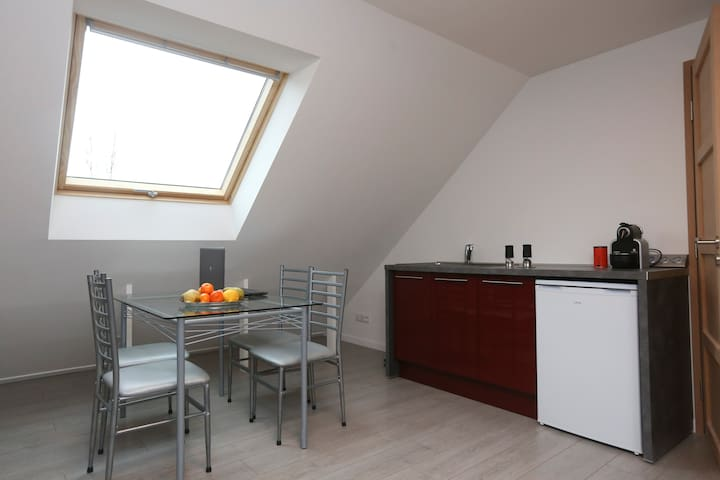LOFT 4 personnes, proche PARIS - Lardy - Bed & Breakfast