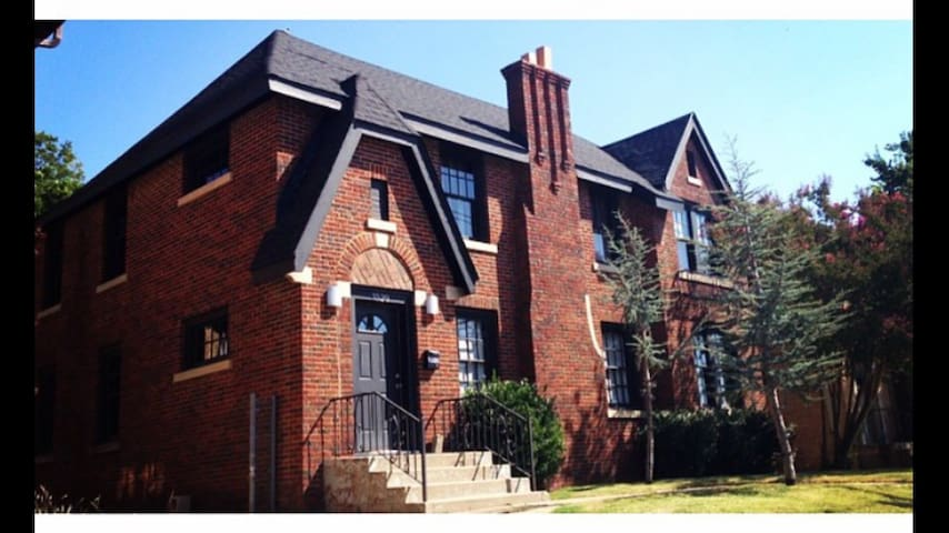 Historic Loft Home - Walk Anywhere! - Oklahoma City - Hus