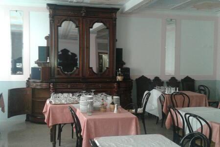 Villa stile liberty - Lizzano In Belvedere