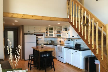 3bd/2ba with awesome views