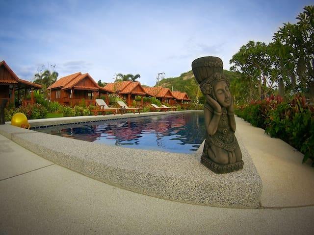Thai House Hua Hin Bungalow Resort (Twin) - Tambon Nong Kae - Bungalow
